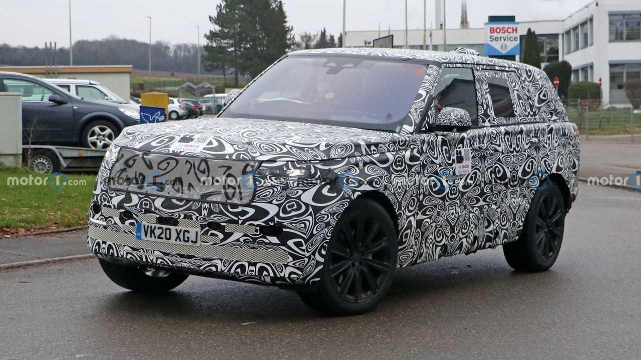 2022 Land Rover Range Rover Spy Shots Front Fenders