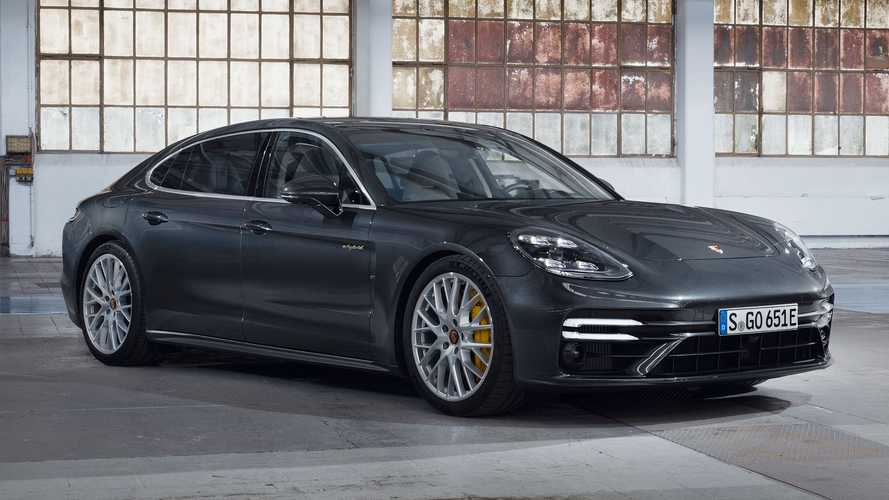 2021 Porsche Panamera Turbo S E-Hybrid debuts as top trim with 689 bhp