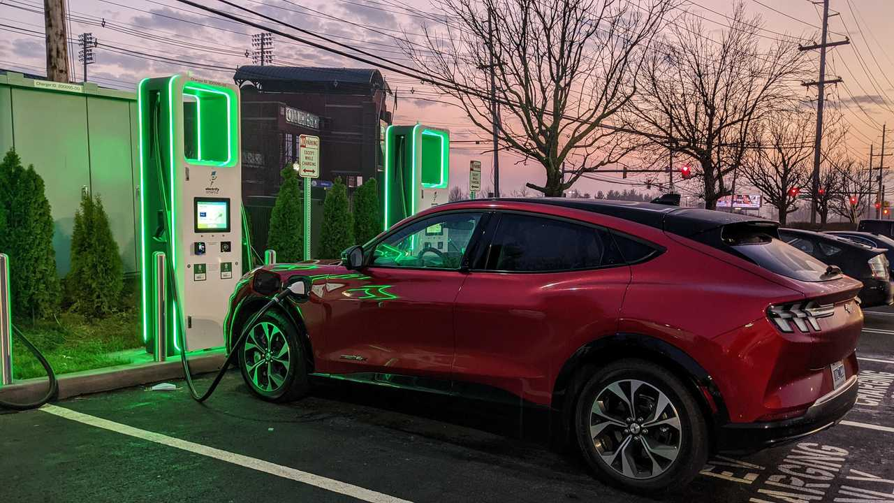Mustang Mach-E Electrify America station