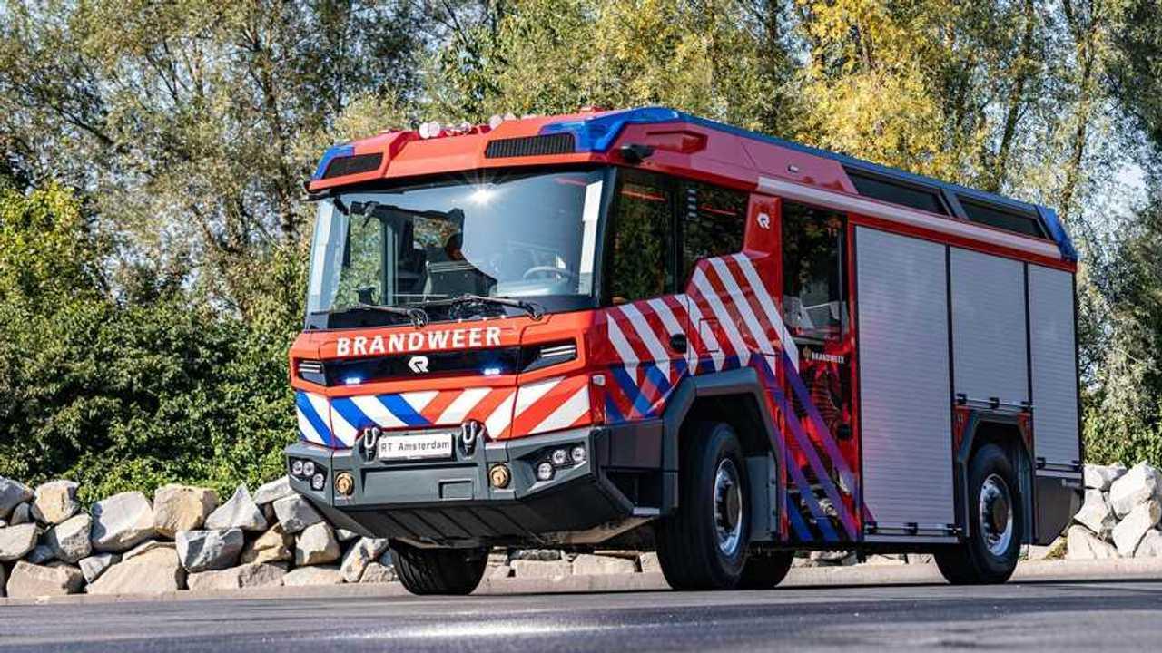 Autocarro dei pompieri elettrico di Rosenbauer «Tecnologia rivoluzionaria» (RT)
