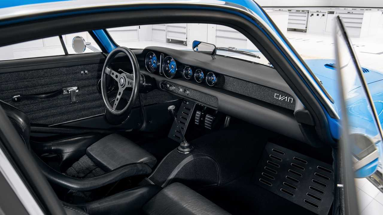Volvo P1800 Cyan Intérieur