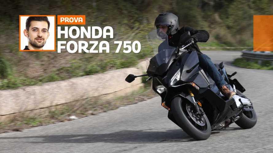 Honda Forza 750 - TEST