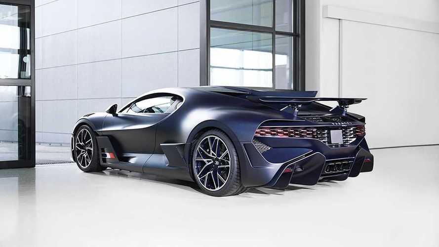 Bugatti Divo in Matte Blue