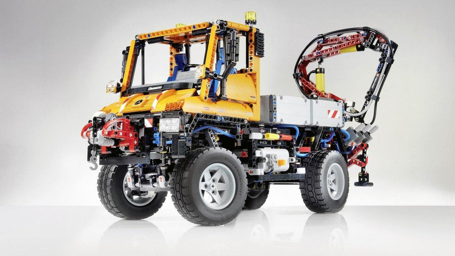 Mercedes-Benz Unimog 60th anniversary edition by LEGO