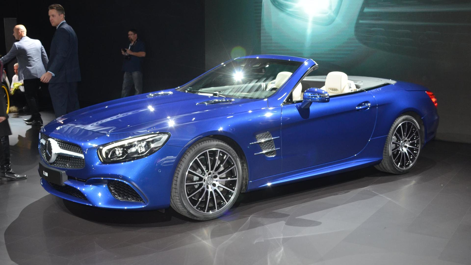 390d30ba42 2016 Mercedes-Benz SL revealed with stronger SL 400 and 9-speed auto  video