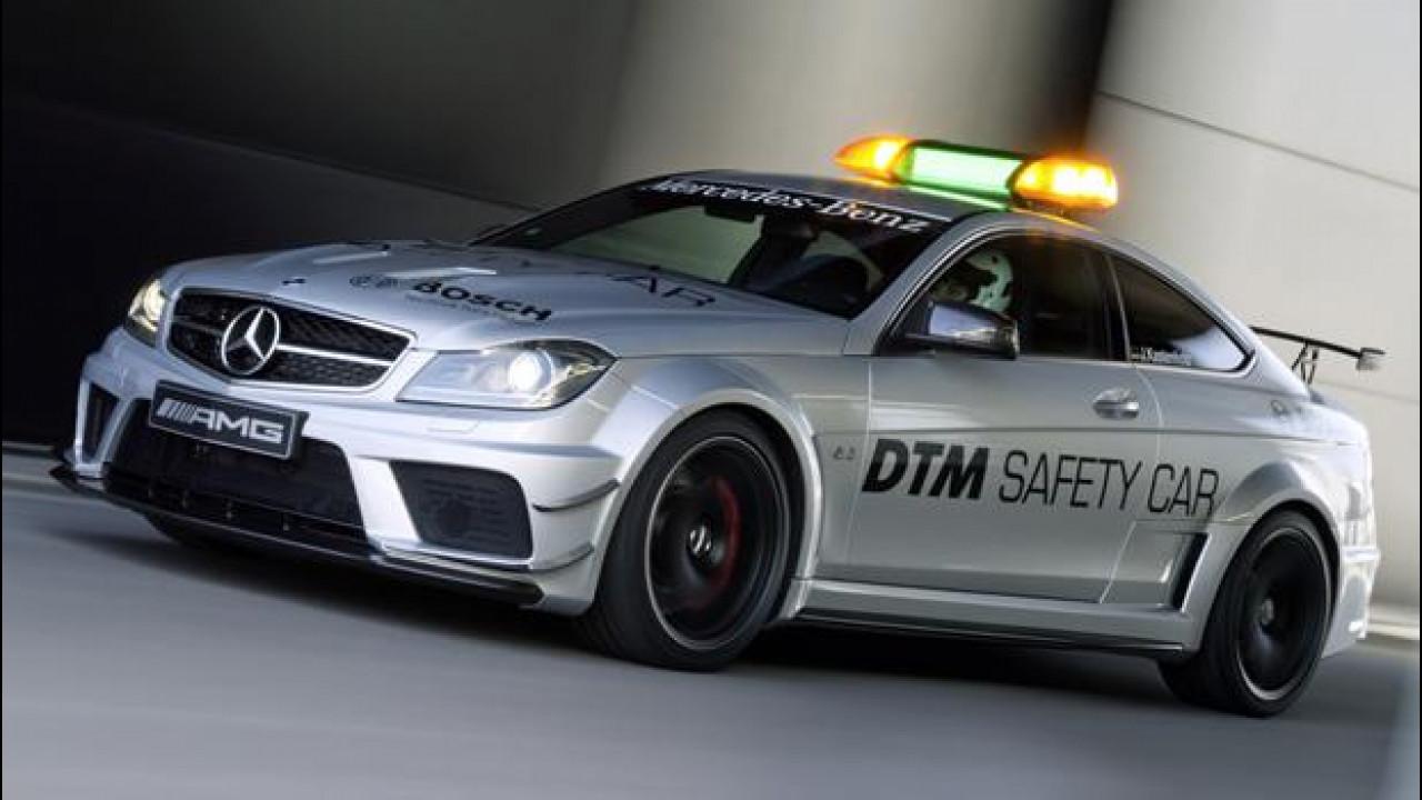 [Copertina] - Mercedes C 63 AMG Coupé Black Series DTM safety car