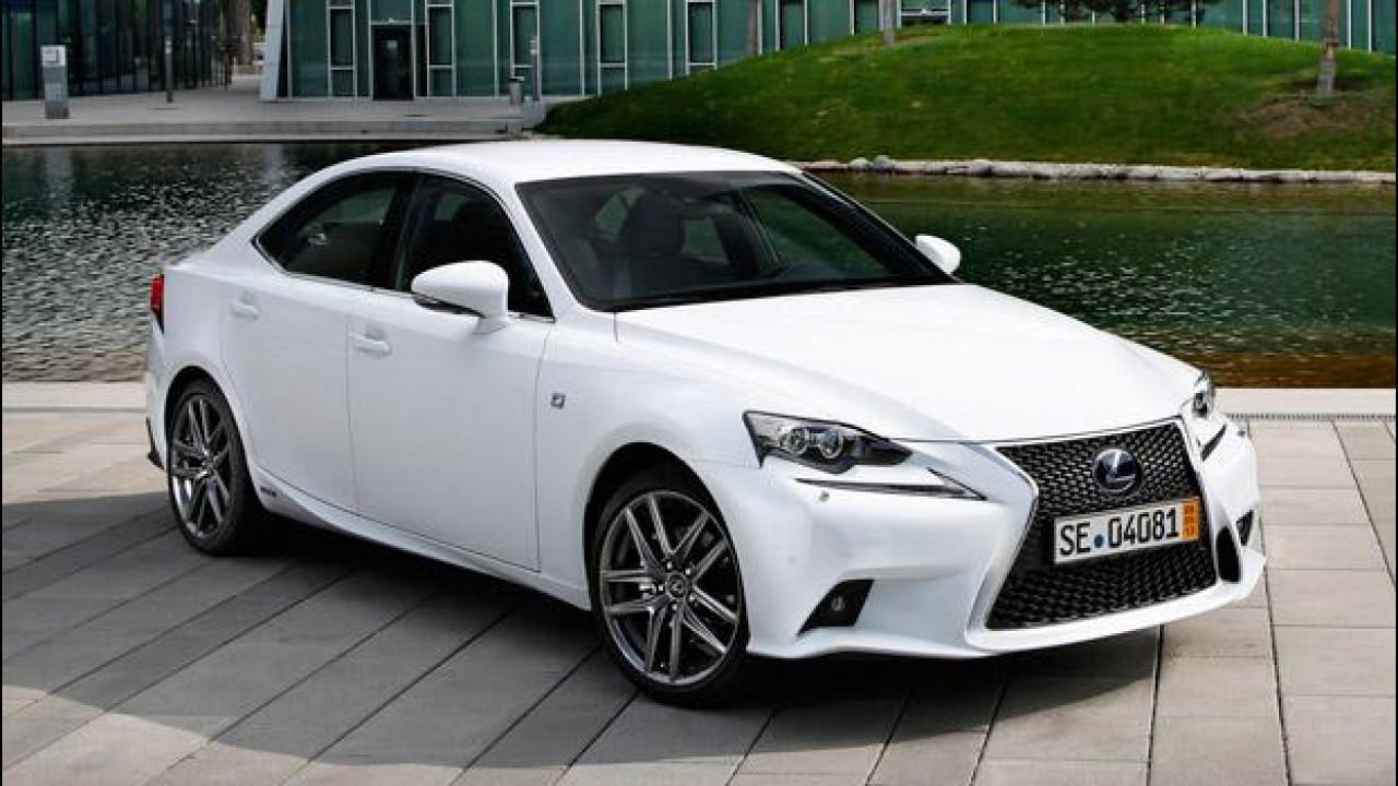 [Copertina] - Nuova Lexus IS Hybrid
