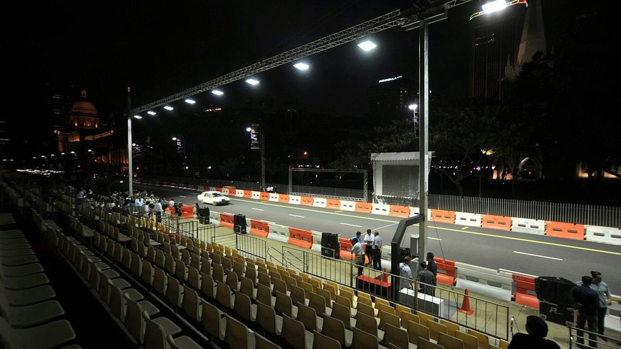 Singapore GP Will Use Digital Flags