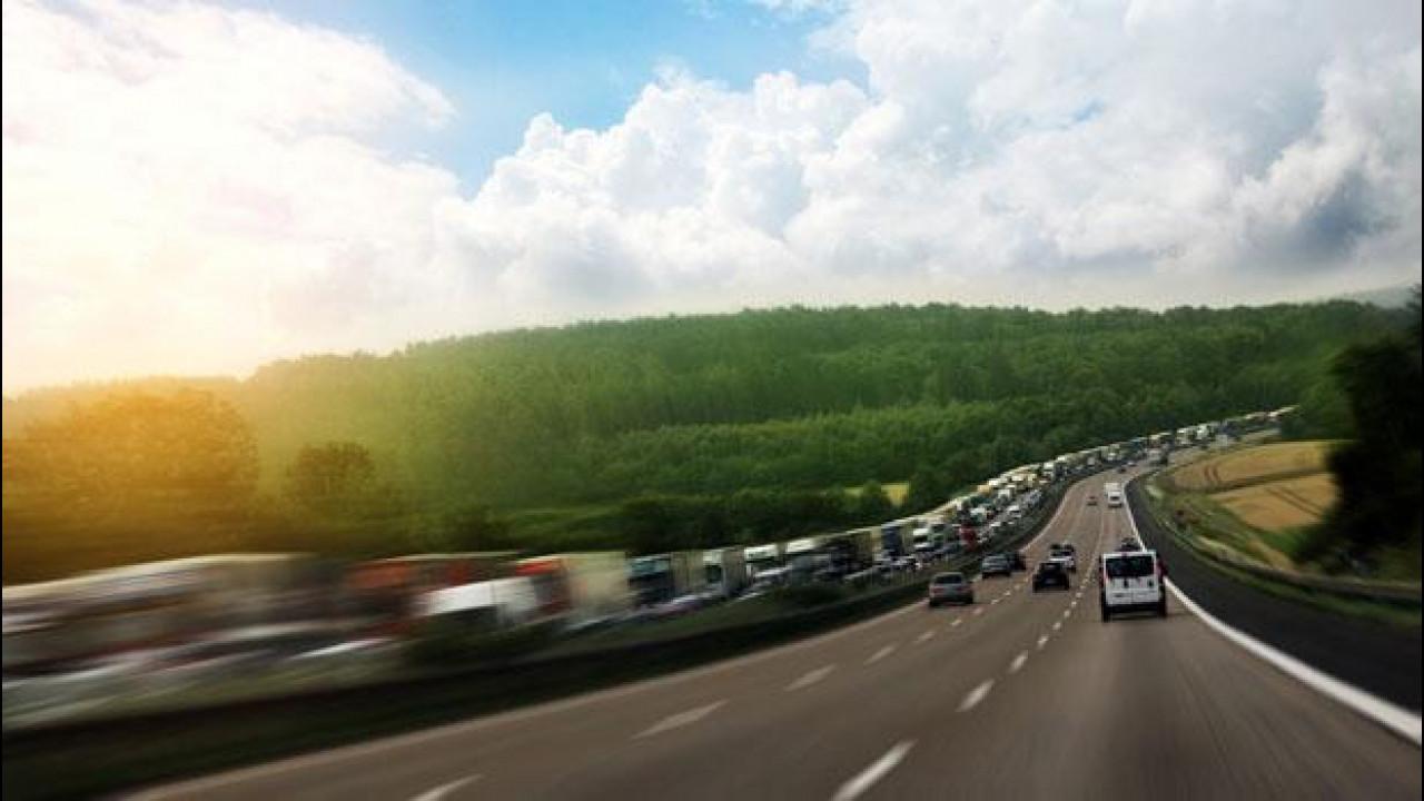 [Copertina] - In Italia il 91% delle merci viaggia su strada
