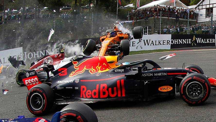 F1 - Toutes les photos du carambolage du départ au GP de Belgique