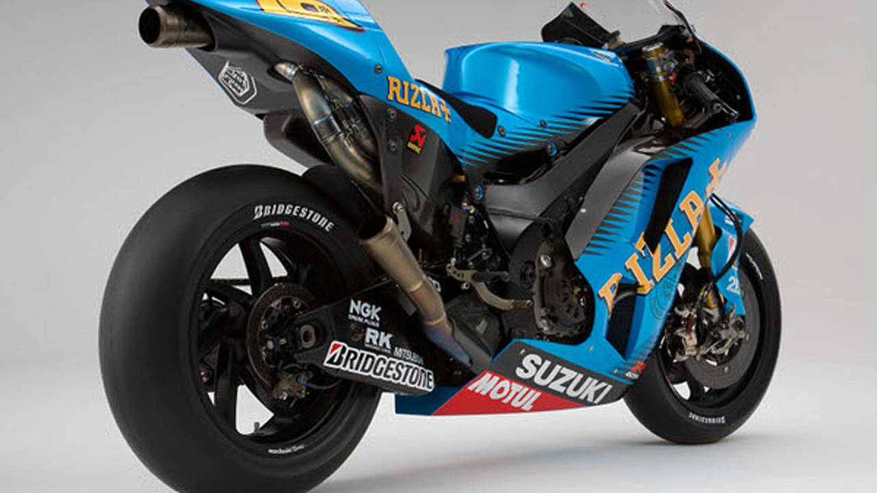 2011 Rizla Suzuki GSV-R: you may as well look good losing