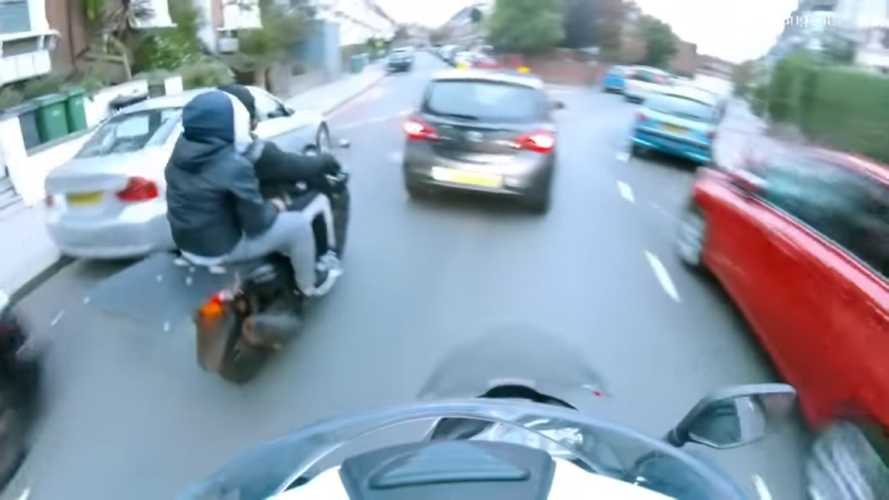 Watch Vigilante Chase Moped Thieves Through London Streets