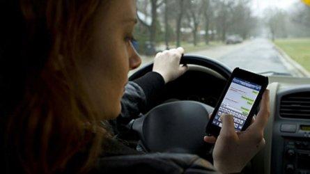 Smartphone in auto, Polizia e Carabinieri controllano così
