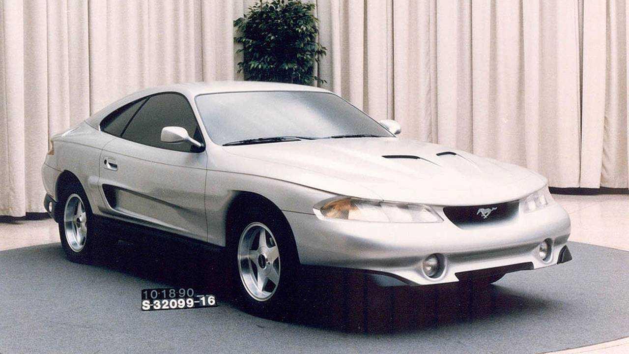 Ford Mustang Rambo (1990)