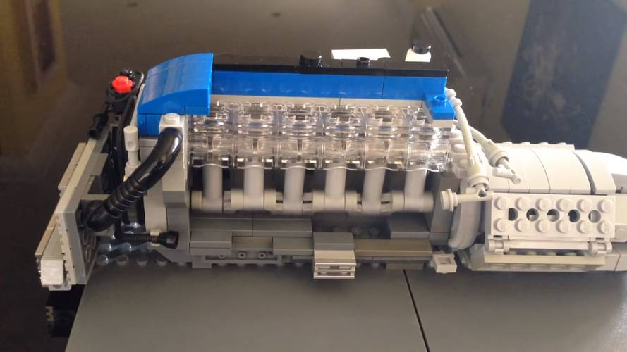Ford Falcon hayranı, Lego'dan 4.0 litrelik I6 Turbo motor üretti