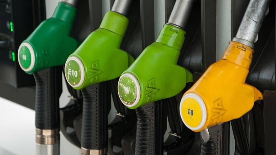 Prezzo Benzina, dove conviene fare il pieno in Europa