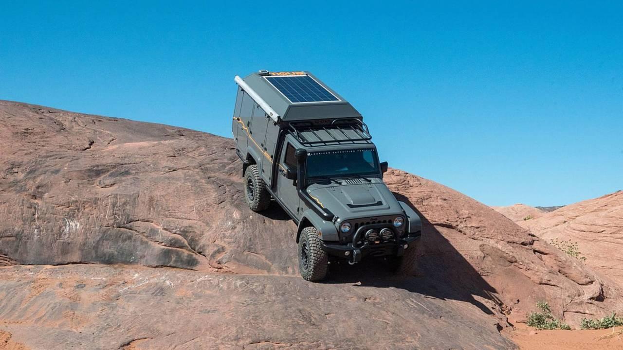 Jeep Wrangler Outpost II camper