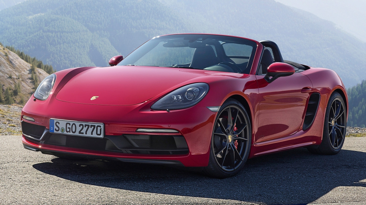 [Copertina] - Porsche 718 Boxster GTS e 718 Cayman GTS, a quota 365 CV