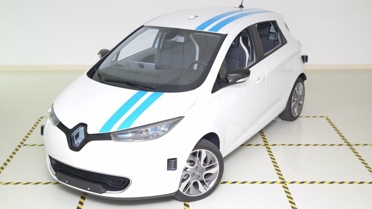 [Copertina] - Renault, la guida autonoma veloce come un pilota professionista