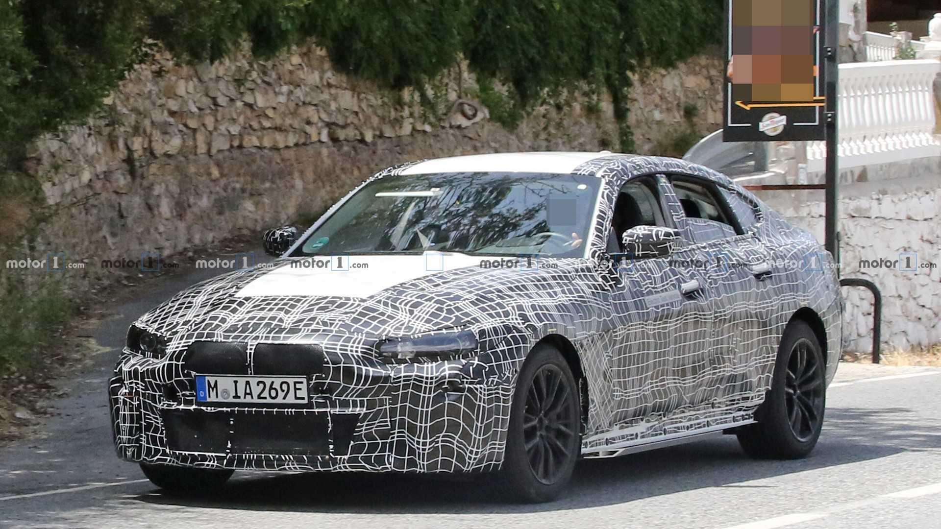 2021 BMW i4 66