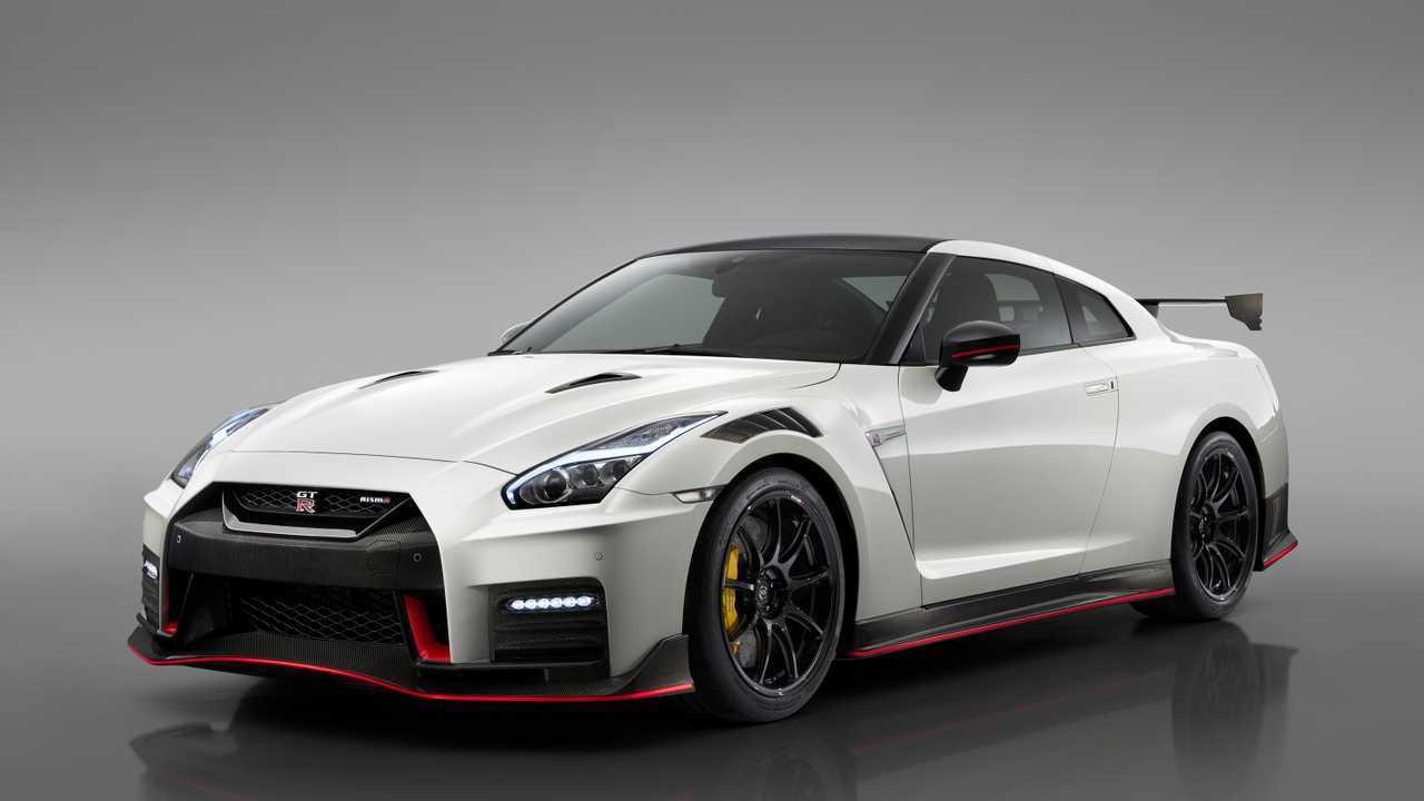 """Nissan améliore la GT-R Nismo et présente la """"50th ..."""