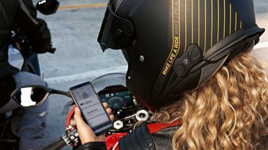 BMW Introduces Fit-For-All Helmet Communicator