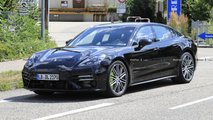porsche panamera facelift spy photos