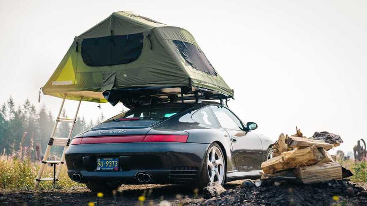 Porsche 911 por tierra