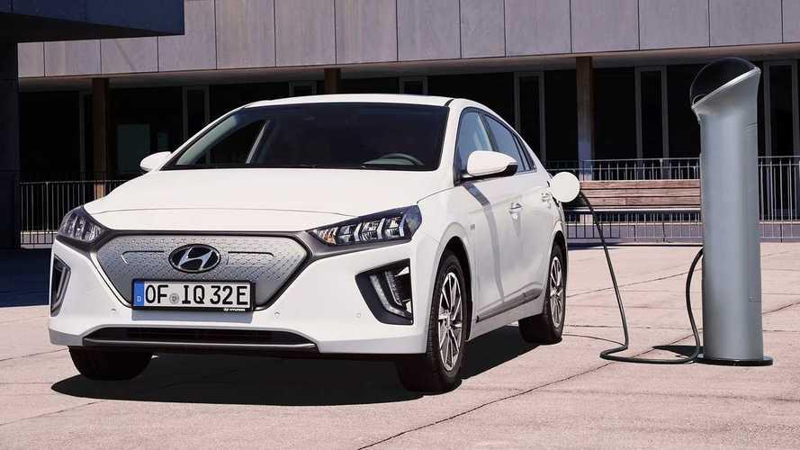 Hyundai Ioniq, più autonomia elettrica col restyling