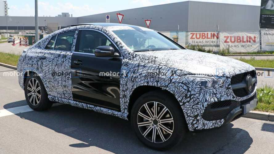 2020 Mercedes-Benz GLE Coupe Drops Some Camo In Latest Spy Photos