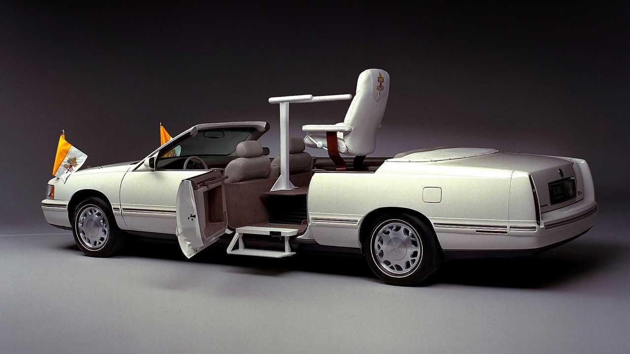 1999 Cadillac De Ville Parade Phaeton