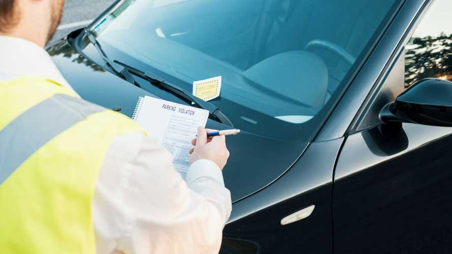 Chicago Curbs All Parking Tickets, Fines Because Of Coronavirus
