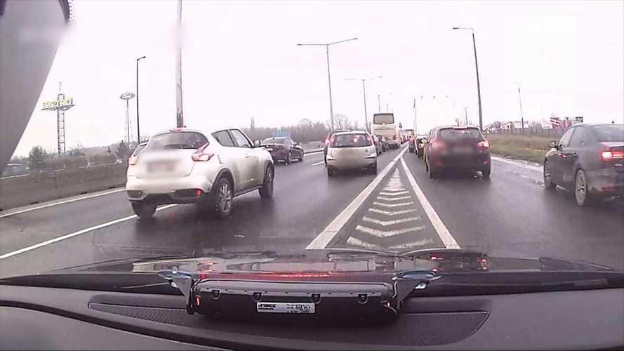 Videó: Újabb szaftos válogatást osztott meg a rendőrség