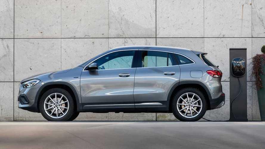 Los Mercedes-Benz CLA y GLA estrenan versión híbrida enchufable