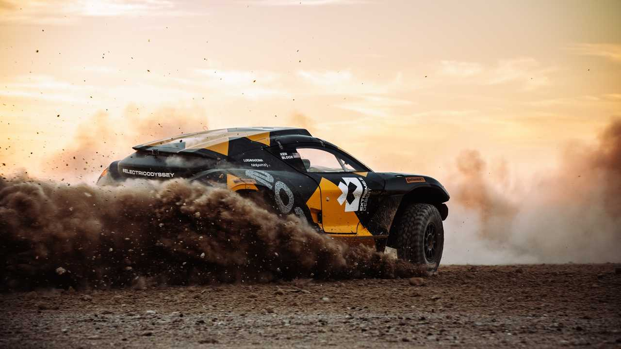 Extreme E, i test di Ken Block alla Dakar