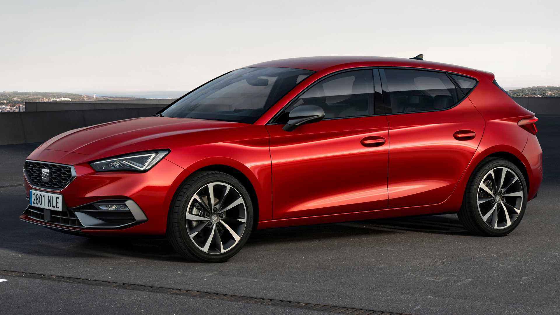 2020 SEAT Leon videos detail the all-new design inside and out