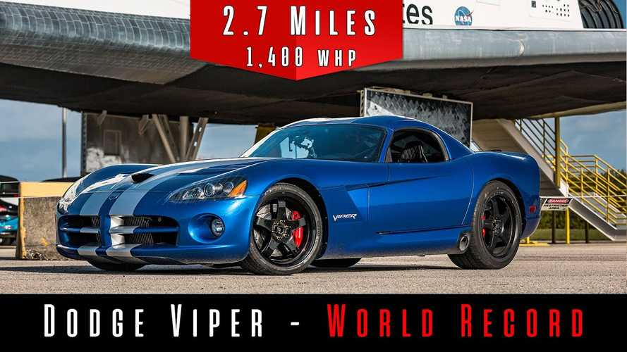 Videó: 400 km/h fölötti sebességet ért el a világ leggyorsabb Dodge Vipere