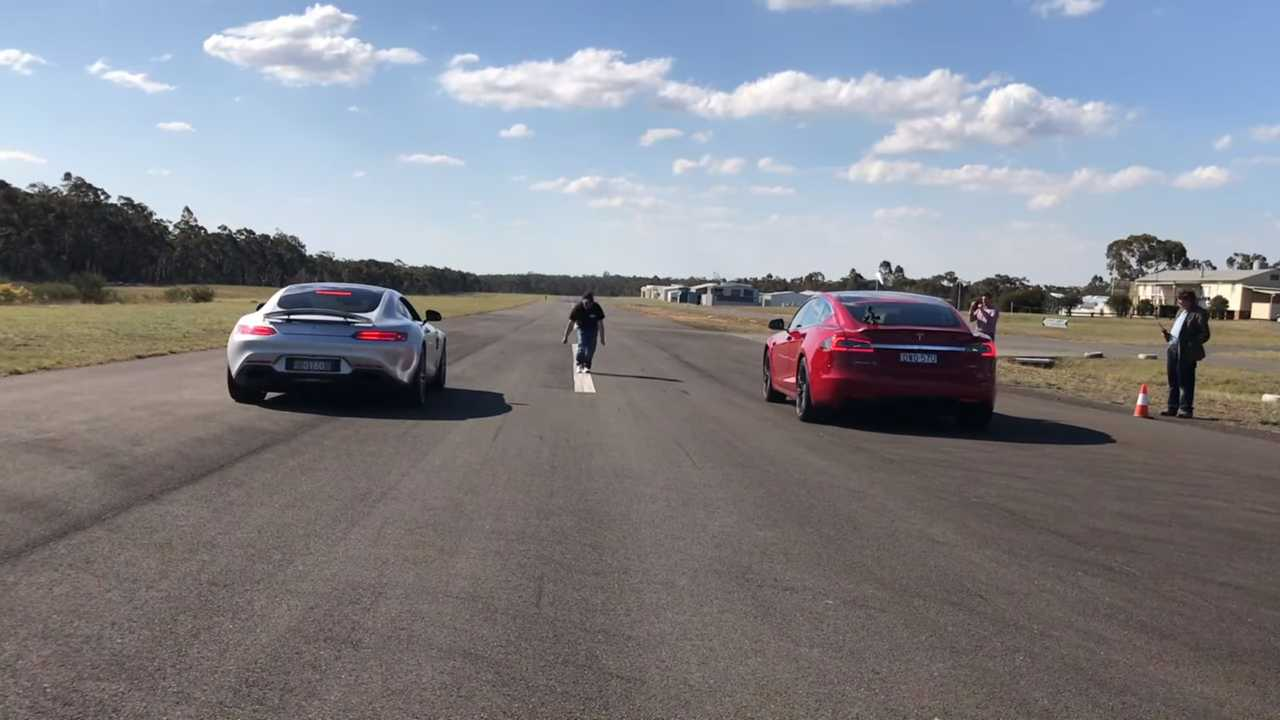 See Mercedes-AMG GT S Valiantly Drag Race Tesla Model S P100D