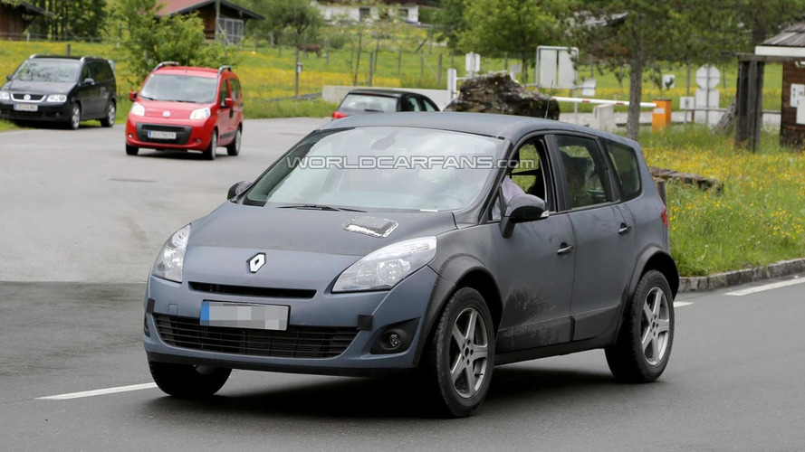 2015 Renault Koleos mule spied in the Alps
