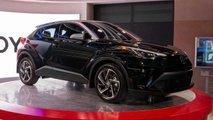 2020 Toyota C-HR: версии для США и Европы