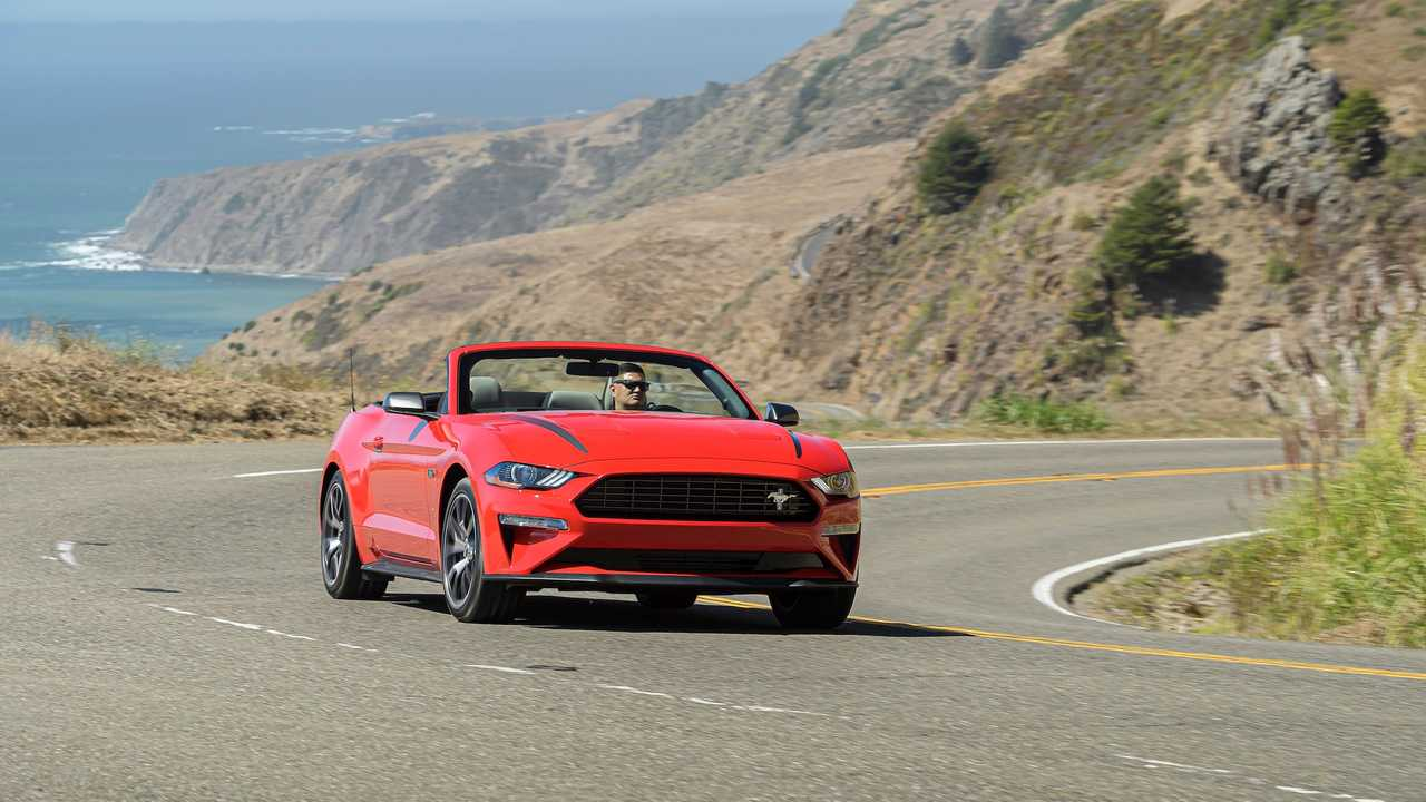 2020 Ford Mustang EcoBoost High Performance Package: İlk Sürüş