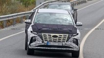 2021 Hyundai Tucson new spy photos with less camouflage