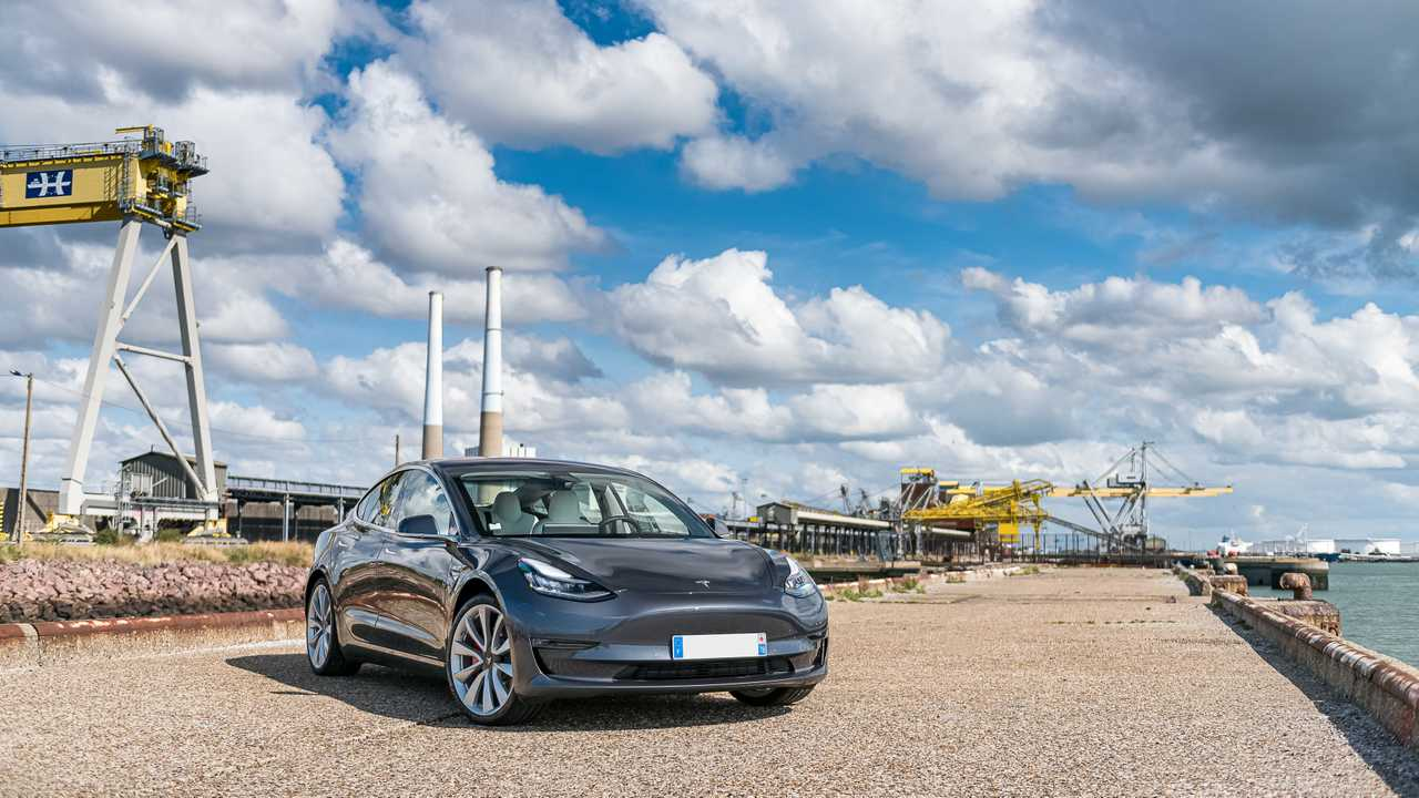 Essai Tesla Model 3 Performance (2019)