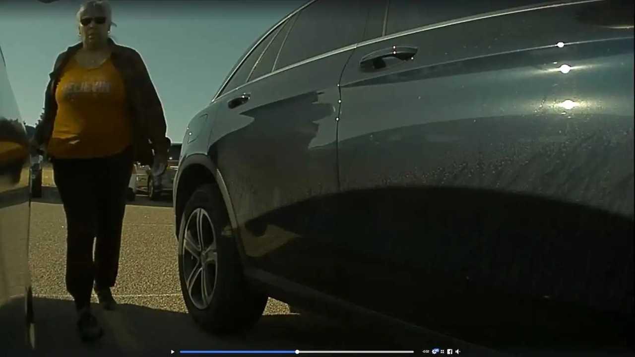 Tesla Model 3 keying