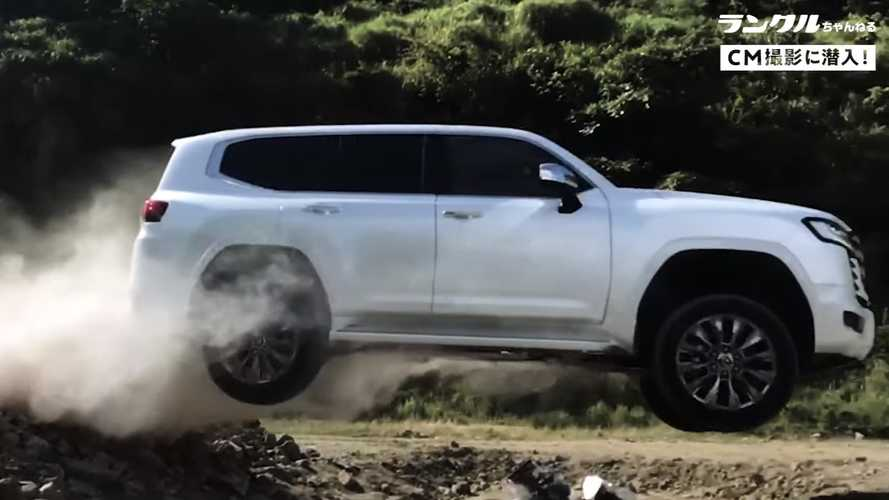 Toyota Land Cruiser 2022 Begitu Mudah Atasi Rintangan Off-Road