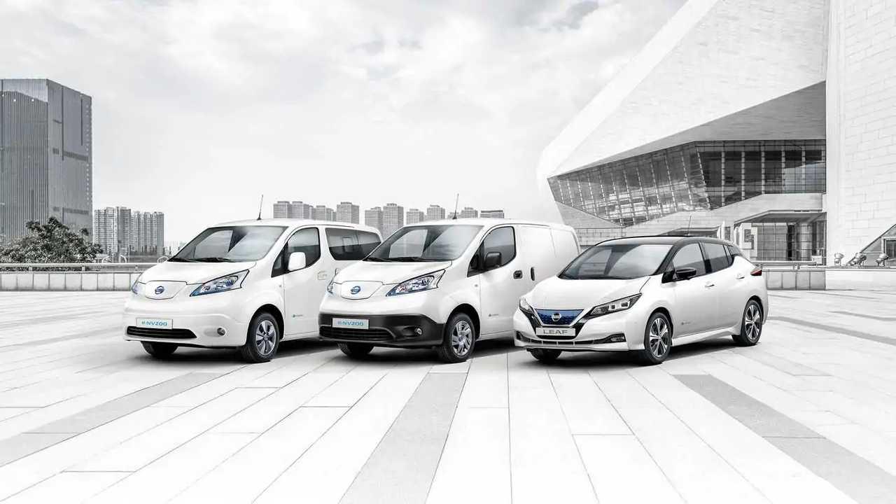 Nissan celebrates 250.000 EV sales in Europe: Nissan e-NV200 and Nissan LEAF