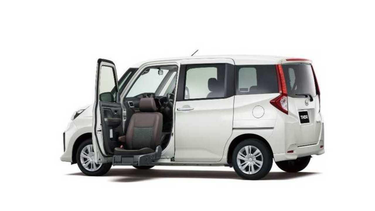 Daihatsu Thor edisi seat lift yang ramah disabilitas.