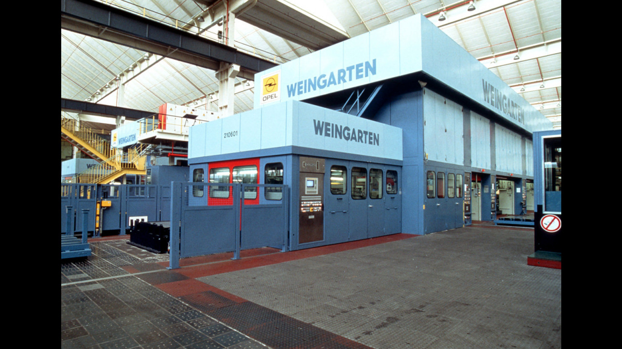 Opel, lo stabilimento di Bochum