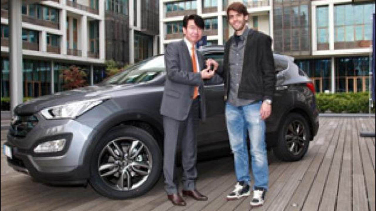 [Copertina] - Una Hyundai Santa Fe a Ricardo Kaká