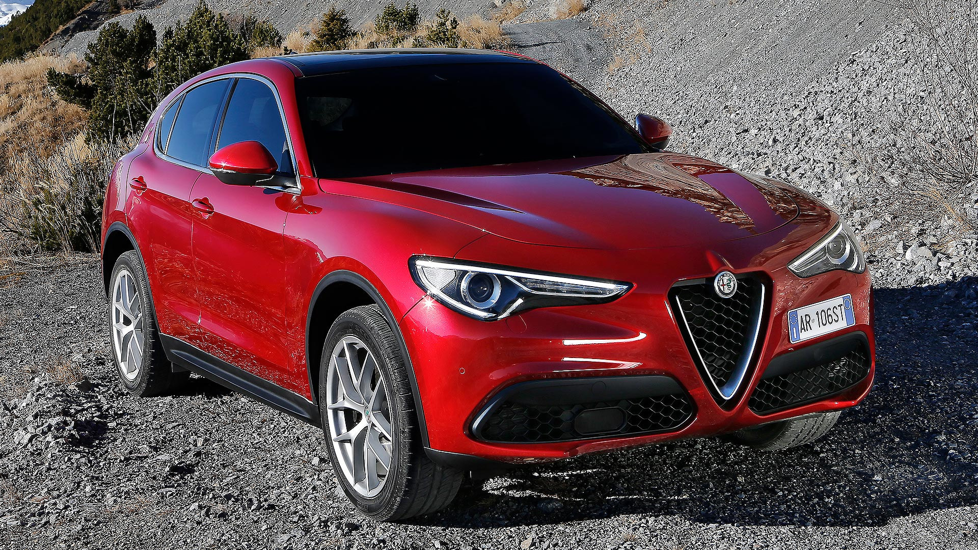 280 Hp Alfa Romeo Stelvio Entry Level Trims Debuting In New York